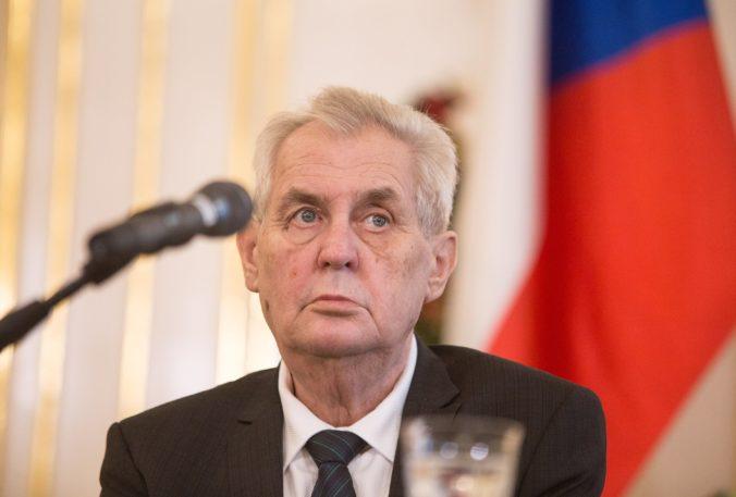 Českého prezidenta Zemana prepustili z nemocnice, čaká ho nabitý pracovný program