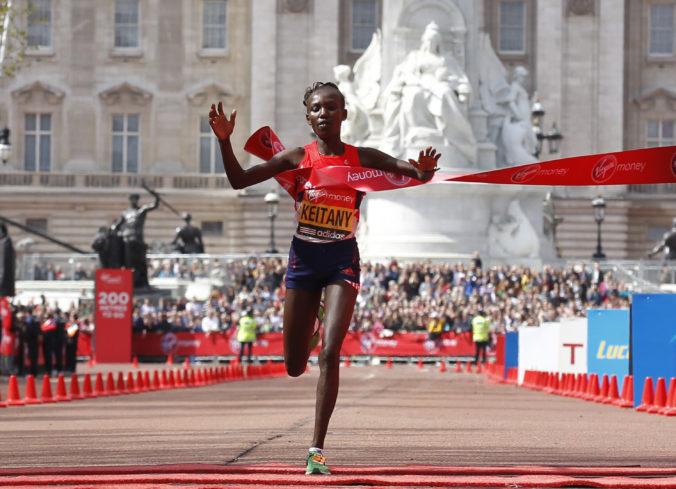 Pre problémy s chrbtom ukončuje kariéru maratónska rekordérka Keitanyová