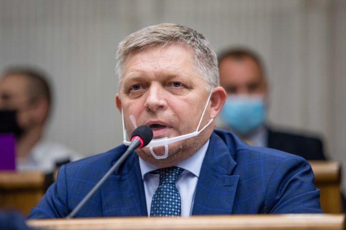 """Poslanec Fico avizuje zverejnenie """"strašných vecí"""" o ministrovi vnútra Mikulcovi"""