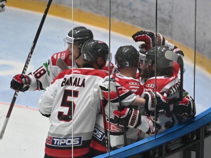Úvod novej sezóny Tipos extraligy patril domácim, nováčik z Prešova začal víťazne