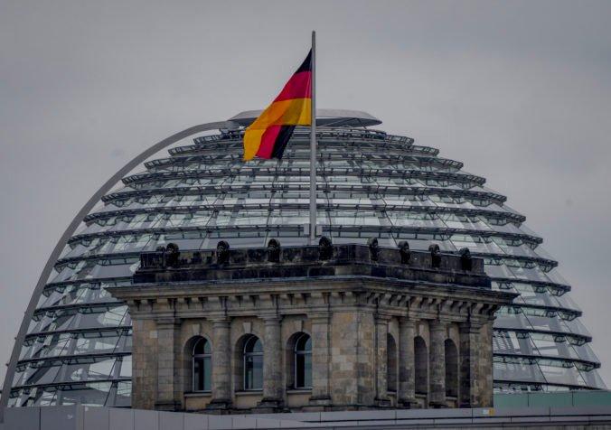 """Nemecko začína zostavovať budúcu """"pomerkelovskú"""" vládu, zložitý proces môže trvať týždne až mesiace"""