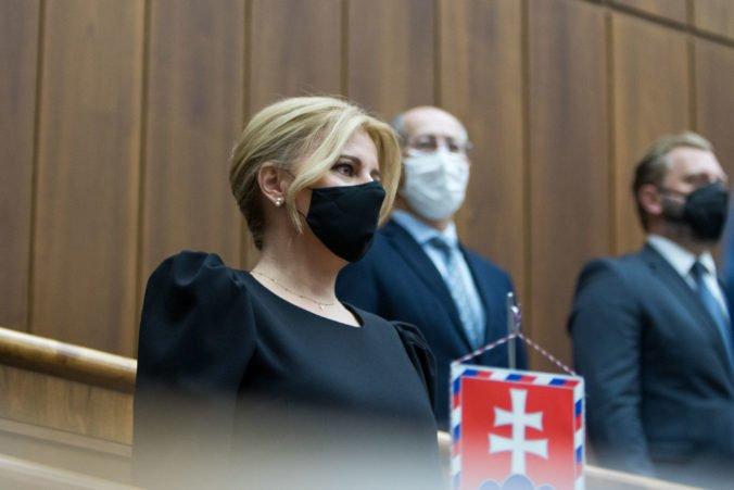 Prezidentka Čaputová podľa sulíkovcov v prejave nastavila kritické zrkadlo nie len vláde (video)