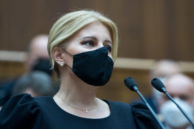 Prezidentka Čaputová sa v prejave vyhla niektorým otázkam a kto čakal zdrvujúcu kritiku vlády, bol sklamaný