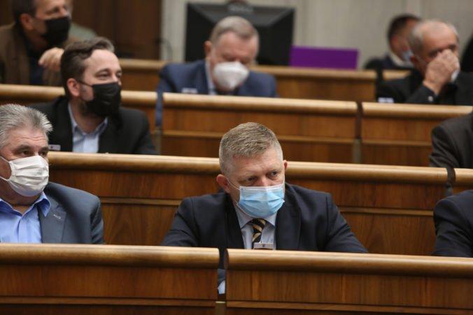 Poslanci neschválili mimoriadne schôdze iniciované Smerom, nebudú rokovať o cenách potravín i verejných financiách