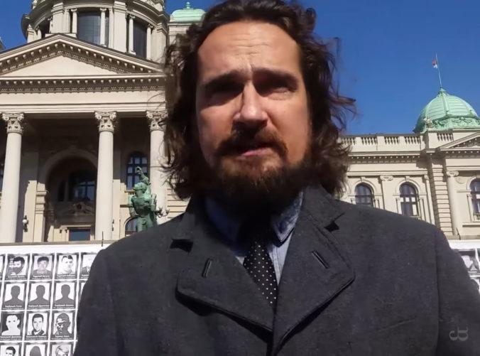 Vytýčili pojednávanie s vydavateľom časopisu Zem a Vek, Rostas sa postaví pred súd v októbri