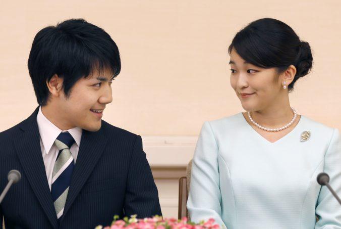 Japonská princezná Mako sa vydá za svojho neurodzeného snúbenca, banket sa konať nebude