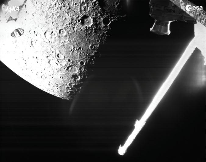 Sonda BepiColombo prvýkrát obletela Merkúr, na Zem poslala fotografie (foto)