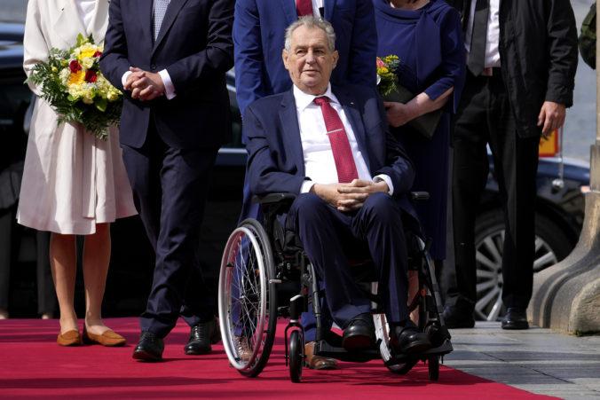 Český prezident Zeman musel byť opäť hospitalizovaný v nemocnici