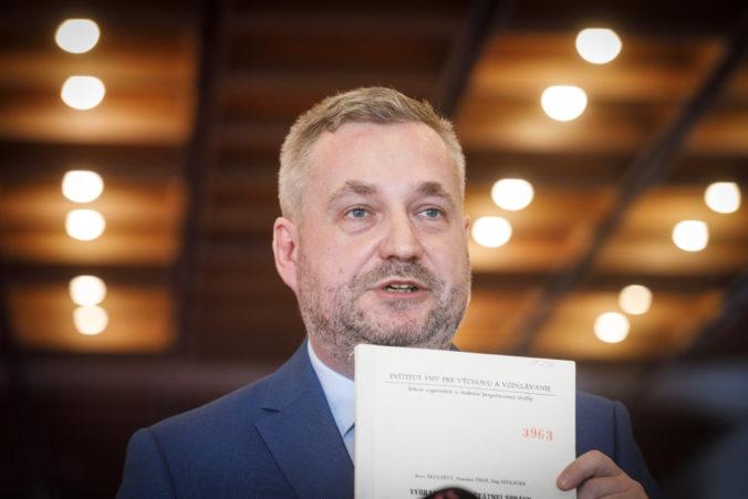 Dostál: Ak bude prezident Zeman trvať na tom, aby českú vládu zostavil Babiš, bude to možné vnímať ako obštrukciu