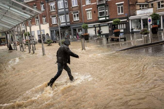 Anglicko môže v budúcnosti častejšie trápiť počasie, krajine hrozia katastrofálne povodne
