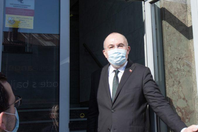 Kajetán Kičura bude stíhaný na slobode, bývalého šéfa hmotných rezerv prepustili z väzby