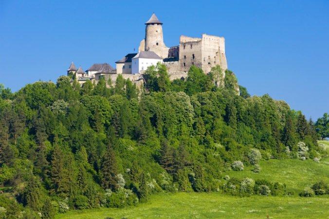 Slovenské Mesto kultúry bude bez kultúry, Stará Ľubovňa prechádza do čiernej farby