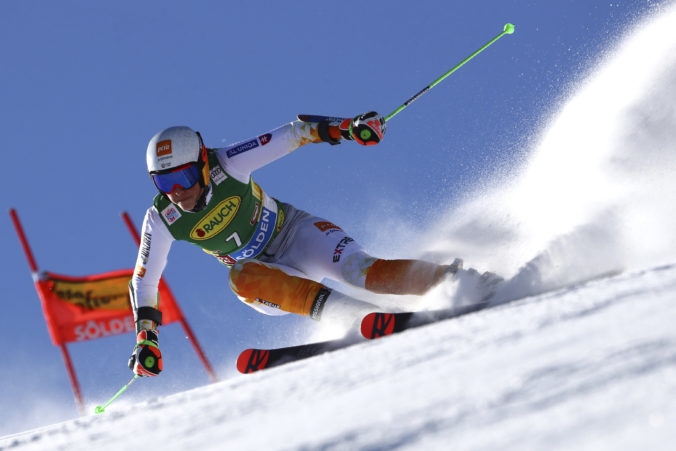 Vlhová je po 1. kole obrovského slalomu v Söldene šiesta, chvíľu nič nevidela a išla naslepo (video)