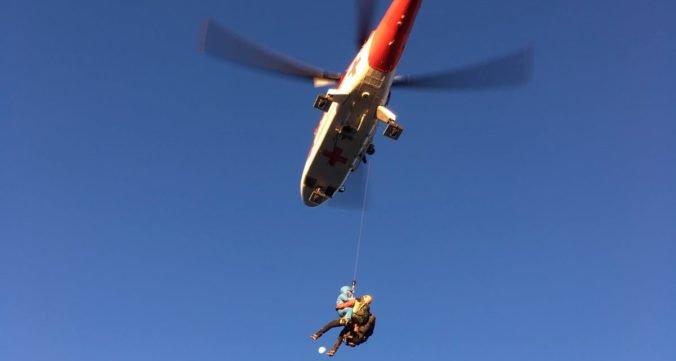 Českí horolezci strávili noc vo Vysokých Tatrách, zasahovať museli horskí aj leteckí záchranári (foto)