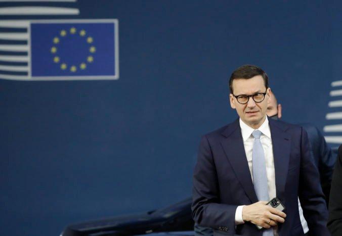 V Únii nie je miesto na vojnovú rétoriku, reagovala Európska komisia na slová poľského premiéra