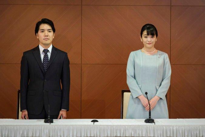 Japonská princezná Mako sa vydala za neurodzeného snúbenca. Prišla o kráľovský status a nedostane ani veno