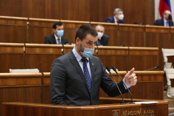 Viskupič: Zrovnoprávnenie gastrolístkov a finančného príspevku nie je zvyšovaním daňovo-odvodového zaťaženia