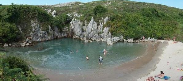Najmenšia pláž na svete je .... v Španielsku