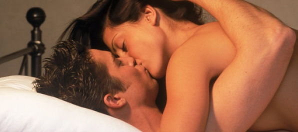 Ženy chcú sex v noci, muži ráno
